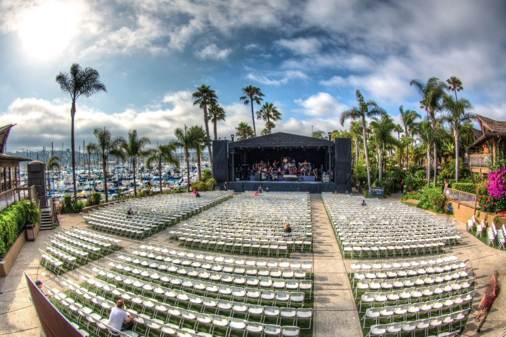 Best 11 Concert Venues in California